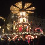 Weihnachtspyramide an der Frauenkirche Dresden, CC0 Hartmut