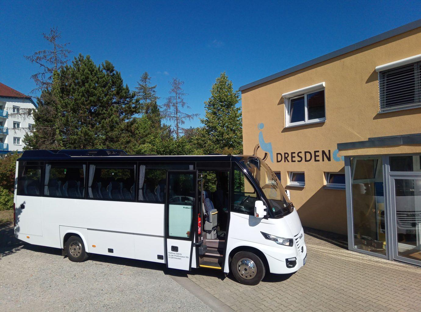 Bus 07, CC0 Johannes