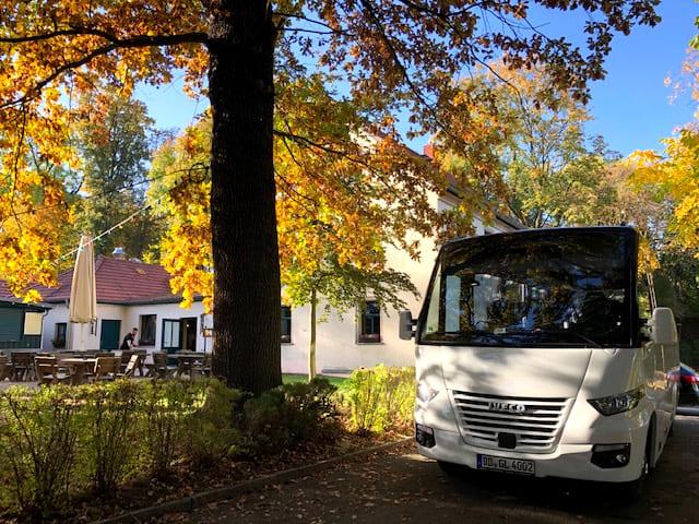 Bus 12, CC0 Hartmut