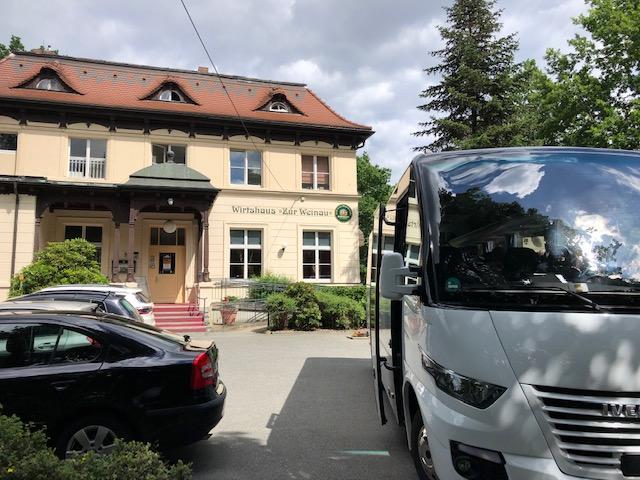 Bus, Wirtshaus zur Weinau, CC0 Hartmut